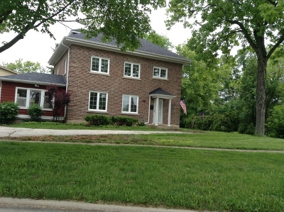 Highland Park Single Family Home For Sale: 670 Blackstone Place