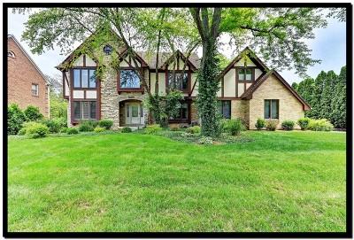 Burr Ridge IL Single Family Home For Sale: $619,900