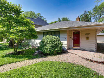 Elmhurst Single Family Home For Sale: 297 East Cayuga Avenue