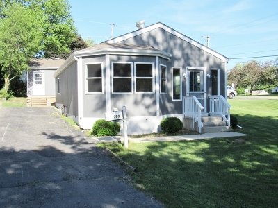 Round Lake Single Family Home For Sale: 503 Beechwood Drive