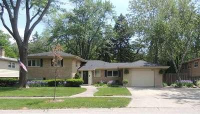 Wilmette Single Family Home For Sale: 142 Millbrook Lane
