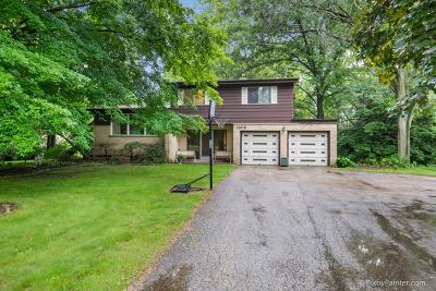 Elgin Single Family Home For Sale: 1309 Robinhood Drive