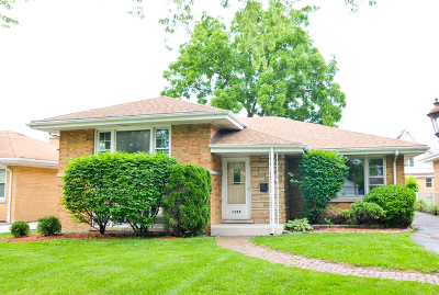 La Grange Park Single Family Home For Sale: 1209 Forest Road