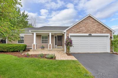 Carol Stream Single Family Home Contingent: 1345 Lilac Lane