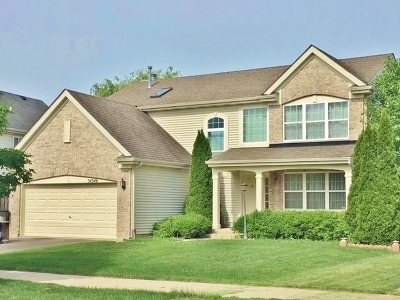 Round Lake Single Family Home For Sale