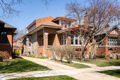 Single Family Home For Sale: 4438 North Francisco Avenue