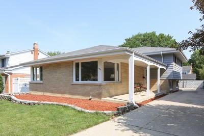 Elmhurst Single Family Home For Sale: 155 East Quincy Street