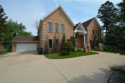 Arlington Heights Single Family Home For Sale: 332 East Central Road