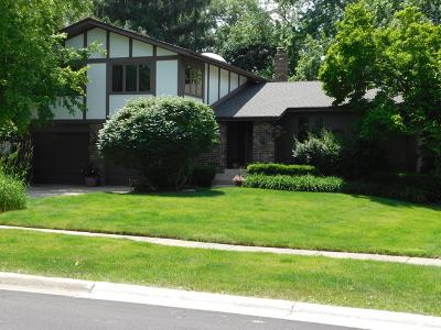 Bartlett Single Family Home New: 220 Little John Court
