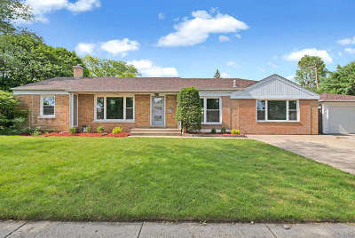 Skokie IL Single Family Home New: $429,900