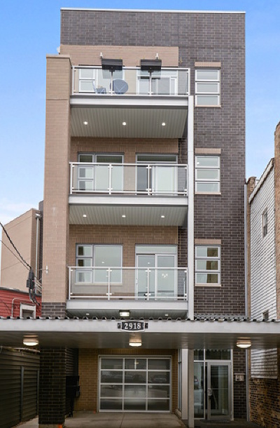 Condo/Townhouse New: 2918 North Lakewood Avenue #2