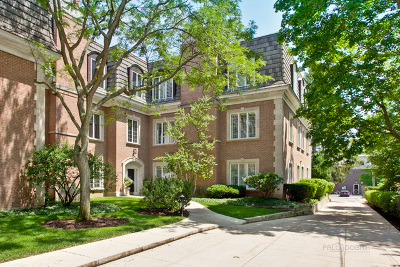 Lake Forest Condo/Townhouse For Sale: 485 Oakwood Avenue #C3