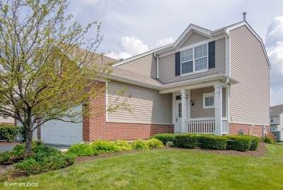Plainfield Condo/Townhouse New: 13015 Conifer Street