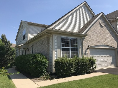 Elgin IL Condo/Townhouse New: $224,900