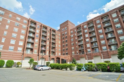 Melrose Park IL Condo/Townhouse For Sale: $215,000
