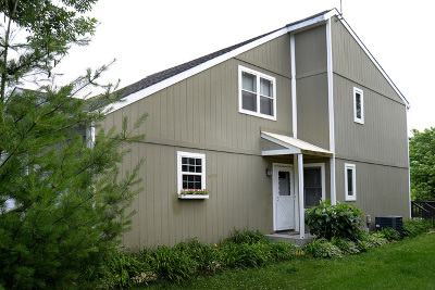 Winfield Condo/Townhouse Contingent: 27w043 Cooley Avenue