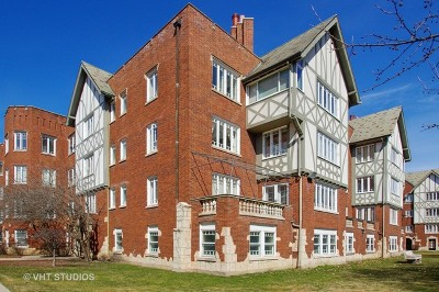 Chicago Condo/Townhouse Re-Activated: 2462 West Estes Avenue #2