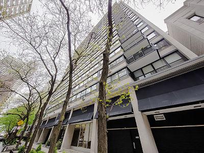 Condo/Townhouse New: 33 East Cedar Street #19AB