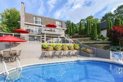 Lake Villa, Lindenhurst Single Family Home For Sale: 25396 West Dering Lane