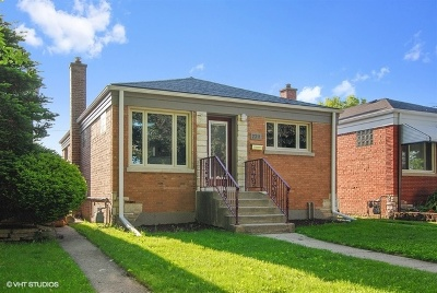 North Riverside Single Family Home For Sale: 2311 Forest Avenue