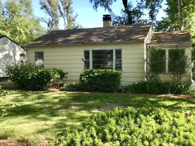 Single Family Home Price Change: 8319 Acorn Path