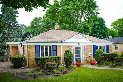 Libertyville Single Family Home For Sale: 745 East Rockland Road