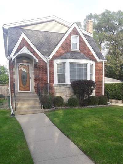 Elmwood Park Single Family Home For Sale: 1917 North 73rd Court