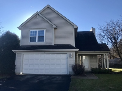 South Elgin Single Family Home For Sale: 5 Chatham Court