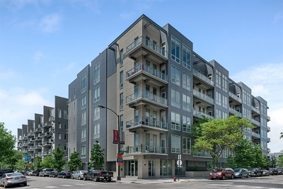 Condo/Townhouse For Sale: 1100 West Adams Street #2N