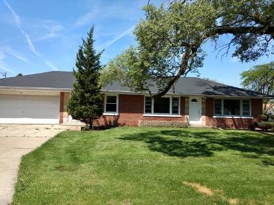 Chicago Ridge  Single Family Home For Sale: 9702 Oak Park Avenue