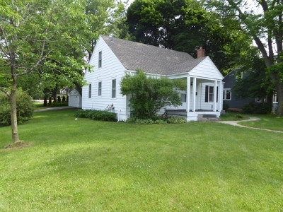 Lake Zurich Single Family Home For Sale: 200 East Il Route 22 Highway