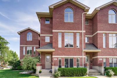 Brookfield Condo/Townhouse Contingent: 9203 West Gerritsen Avenue #9203