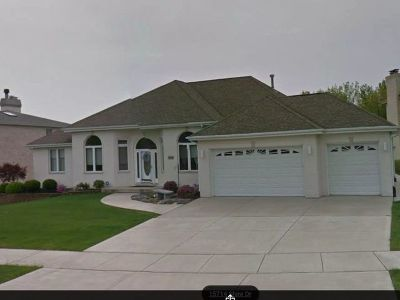 Orland Park Single Family Home For Sale: 15717 Shire Drive