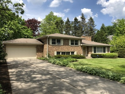 Lake Forest Single Family Home For Sale: 992 Armour Circle