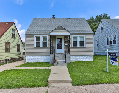 Evergreen Park Single Family Home For Sale: 2620 West 89th Place