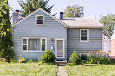 Lombard Single Family Home For Sale: 52 West Graham Avenue