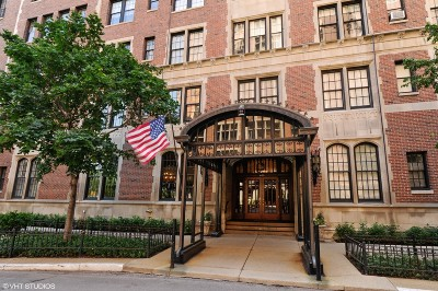 Chicago Condo/Townhouse Re-Activated: 1120 North Lake Shore Drive #8A