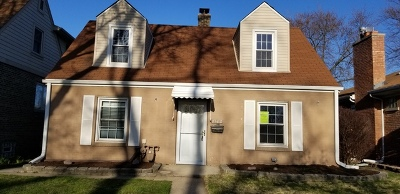 Evergreen Park Single Family Home Price Change: 9213 South Lawndale Avenue