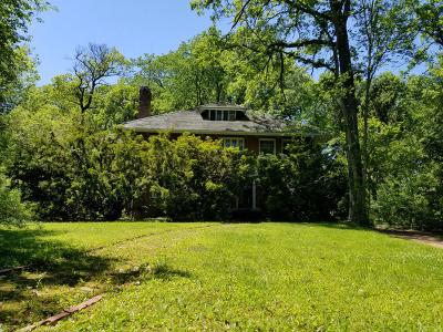 Winnetka Single Family Home For Sale: 670 Blackthorn Road