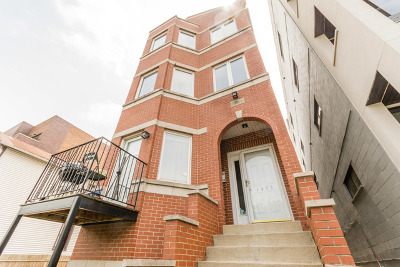 Condo/Townhouse For Sale: 1455 West Grand Avenue #1R
