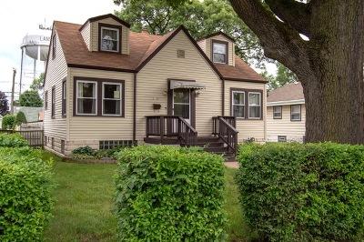 Lansing  Single Family Home For Sale: 3013 Ridge Road