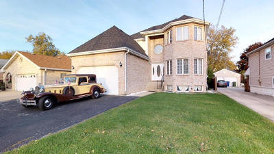 Oak Lawn Single Family Home Price Change: 9043 Central Avenue