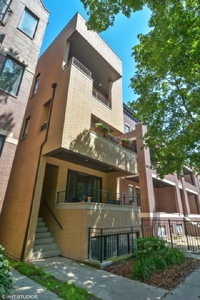 Condo/Townhouse For Sale: 2653 North Racine Avenue #3