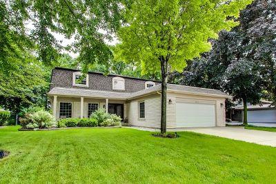 Arlington Heights Single Family Home For Sale: 2653 North Stuart Drive