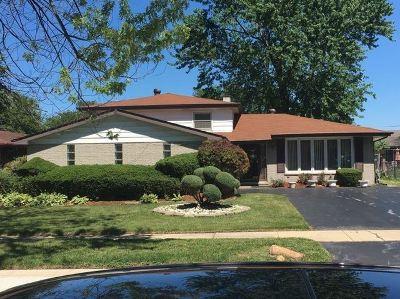 Single Family Home For Sale: 17123 Cornell Avenue