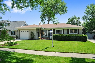 Arlington Heights Single Family Home Price Change: 1237 North Chestnut Avenue