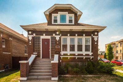 Berwyn Single Family Home For Sale: 2300 Ridgeland Avenue