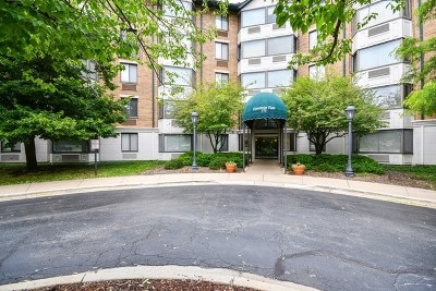 Glen Ellyn Condo/Townhouse Contingent: 470 Fawell Boulevard #119