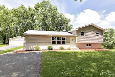 Harvard Single Family Home For Sale: 18318 Oak Grove Road