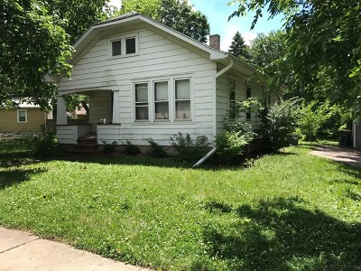 Oswego Single Family Home Contingent: 137 East Tyler Street